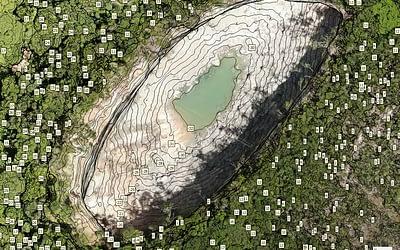Monitoramento de fenômenos geológicos com drone.