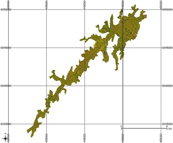 Modelo bidimensional de um ortomosaico georreferenciado de barragem