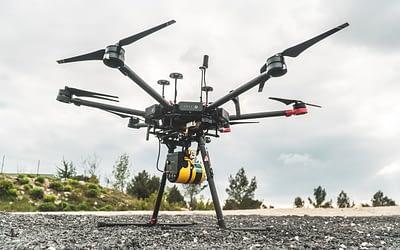 As melhores tecnologias embarcadas em drones e suas vantagens