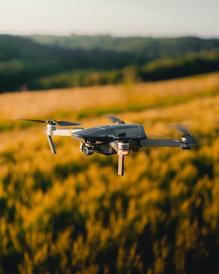 drone fazendo georreferenciamento