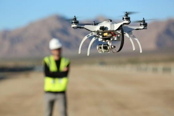 Uso de drone na construção civil otimiza processos e reduz custos
